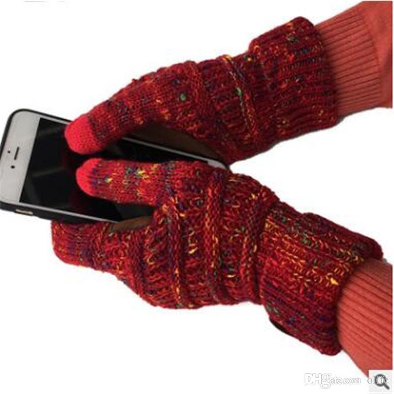 Acquista Caldo CC Knitting Touch Screen Guanti Capacitivi Guanti CC Donna  Inverno Caldo Guanti Di Lana Antiscivolo A Maglia Telefingers Guanto Regalo  Di ... 7f1abafa51dd