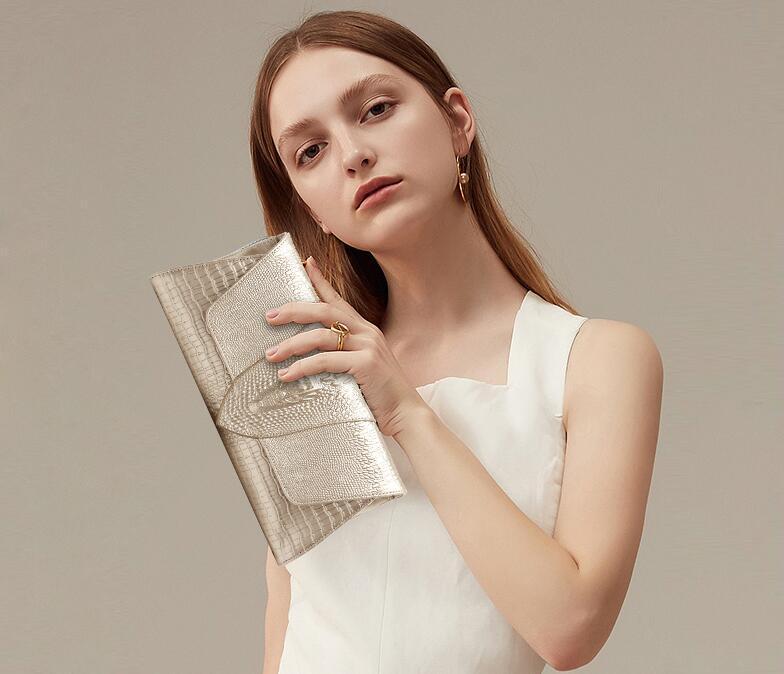 Diseñador de la marca de fábrica Bolsos de embrague Francia Bolsa de banquete de lujo Tridimensional cabeza de cocodrilo Bolsos de hombro de cuero genuino Cruzada de cuero de vaca