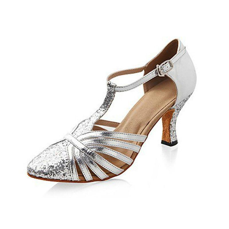 cd6de04d4d49 Compre Silver Sparkling Glitter / Leatherette Latin / Modern Dance Shoes  Zapatos De Baile De Salón De Baile En Otoño E Invierno Para Mujeres A  $31.25 Del ...