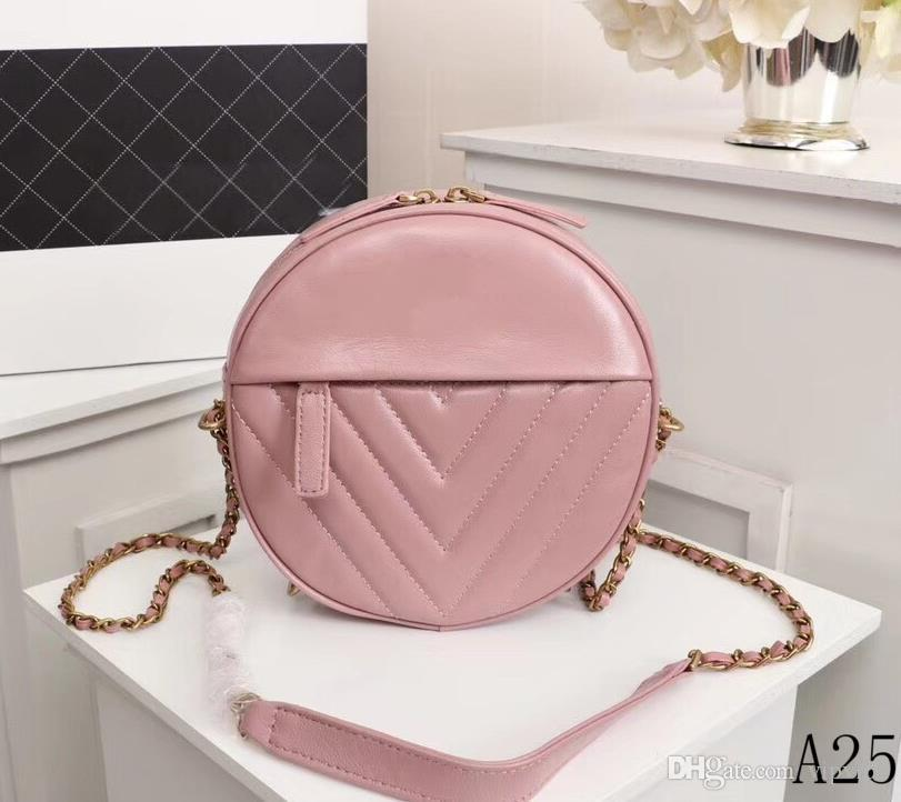 Hot genuine leather ladies handbag 19 new products Early spring round cake design bag trend wild must-have items Item No. 8113
