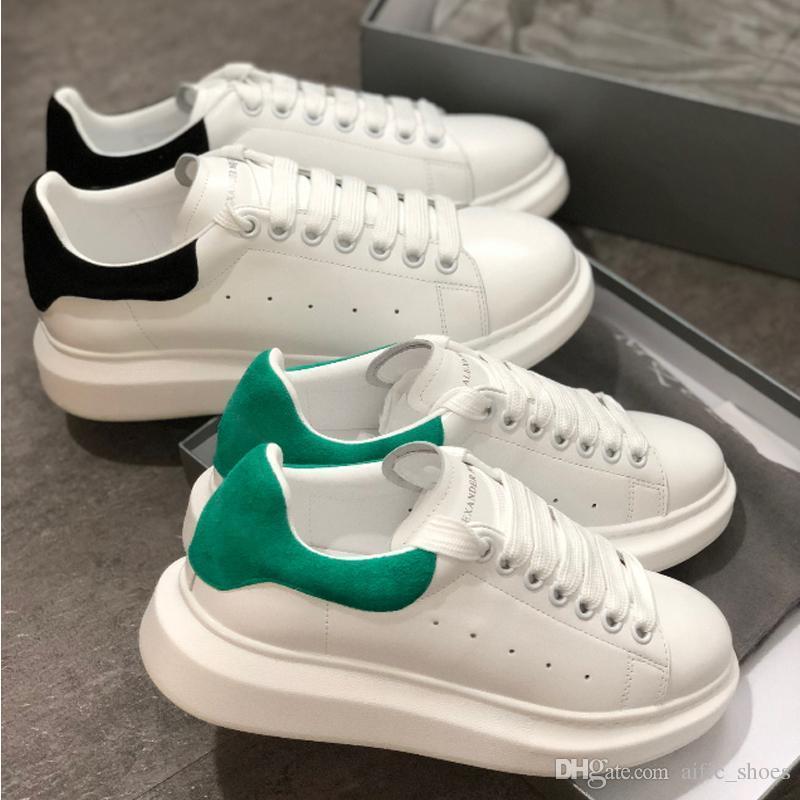 c6b16b70 Compre 2019 Plataforma De Cuero Blanco Zapatos De Diseñador Para Hombre  Zapatos Deportivos De Skate Para Mujer Zapatillas De Deporte De Terciopelo  Heelback ...