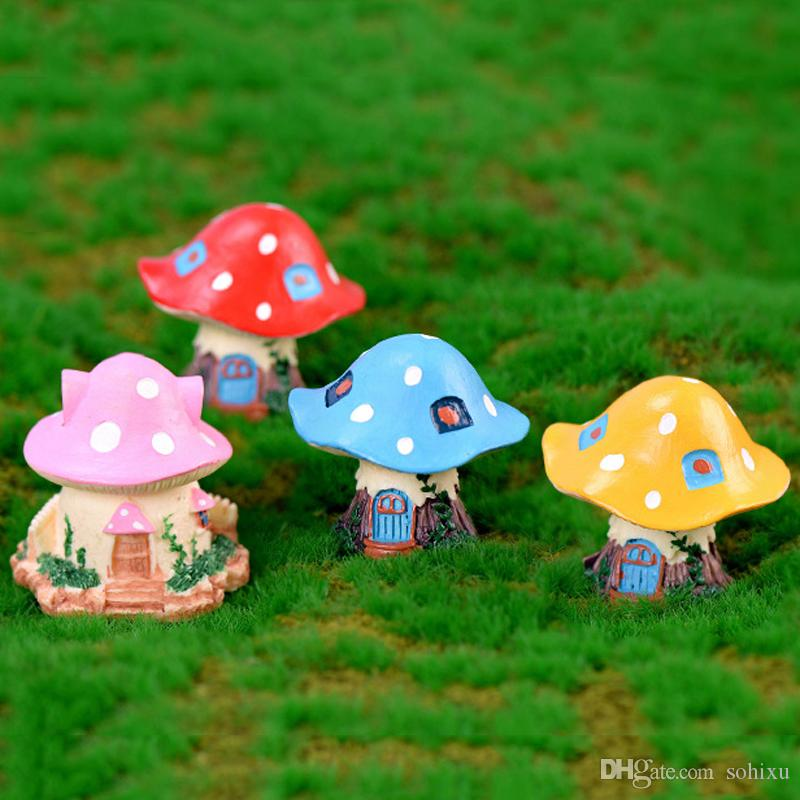 4pcs Mushroom House Cartoon Castle Resin Craft Terrarium Figurines Resin Fairy Garden Miniatures bonsai Tools jardin gnome Micro Landscape