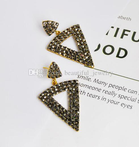 new Hot style Popular personality is contracted ear nail is acted the role of article triangular hollow-out obsidian designer earrings