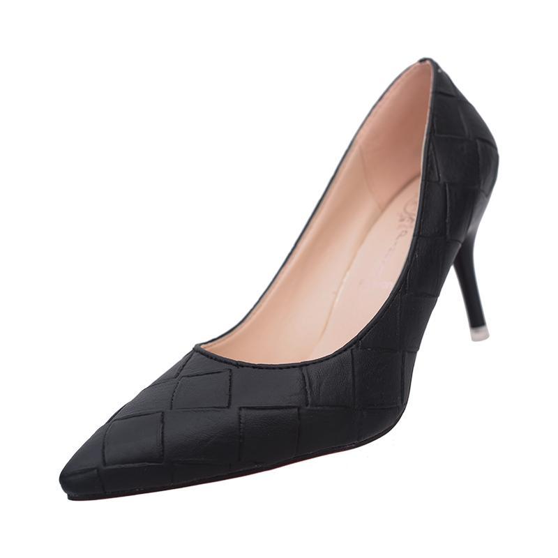 5bc54ca6e42a Compre 2019 2018 Novos Sapatos Femininos Moda Apontou Salto Alto Stiletto  Preto Elegante Profissional Único Sapatos De Deals777, $33.56 |  Pt.Dhgate.Com