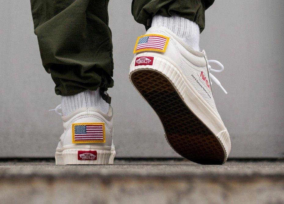 0fd09dc65cea7 Nuevo NASA X Furgonetas Space Voyager Old Skool Hombres Zapatos Ocasionales  Skate Canvas Sports Para Hombre Zapatillas Zapatillas Diseñador Zapatillas  De ...