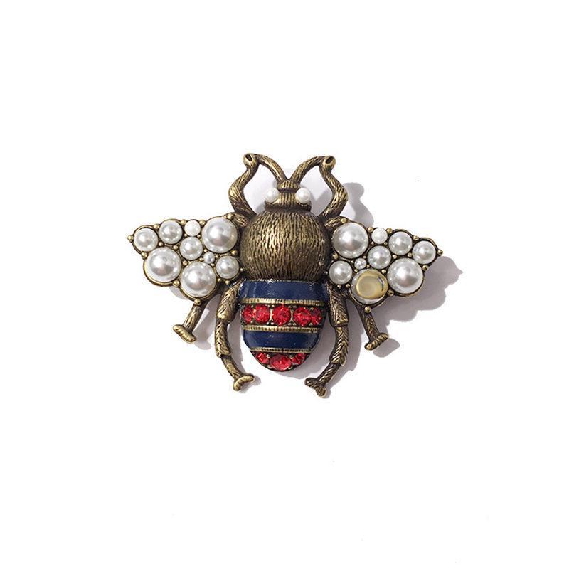 Custom Lapel Pin Brooches Cute Eyes Banquet Badge Pins Trendy Accessory Jacket T-Shirt Bag Hat Shoe