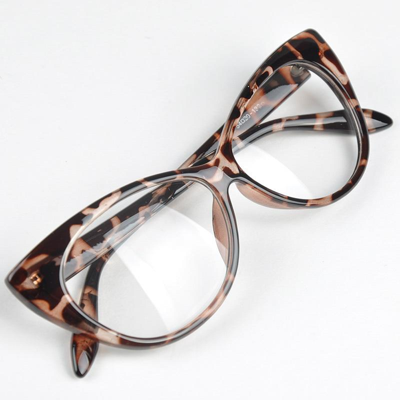 bdde0a83a72ea 2019 Top Designer Hot Selling Cat Eye Glasses Retro Fashion Black Women  Glasses Frame Clear Lens Vintage Eyewear Goggles C18122501 From Shen84