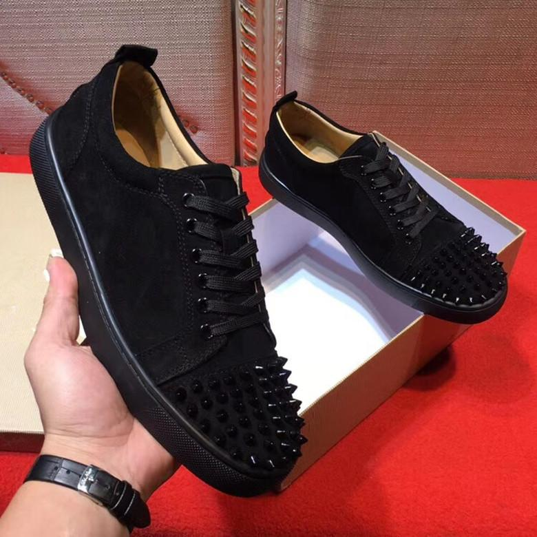 Zapatillas 2019New Designer Sneakers Black Low Cut Spikes Flats Shoes Famous Red Bottom para hombres y mujeres Zapatillas de deporte de cuero Party
