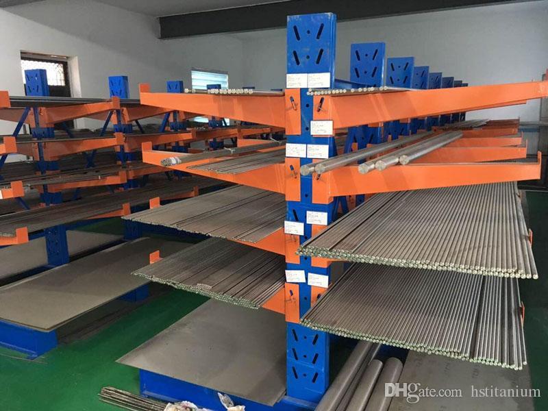Hot sale ASTM F67 Gr2 Gr4 pure medical titanium bar price of 1kg ASTM B348  GR2 Pure Harga Terbaik Titanium Bars