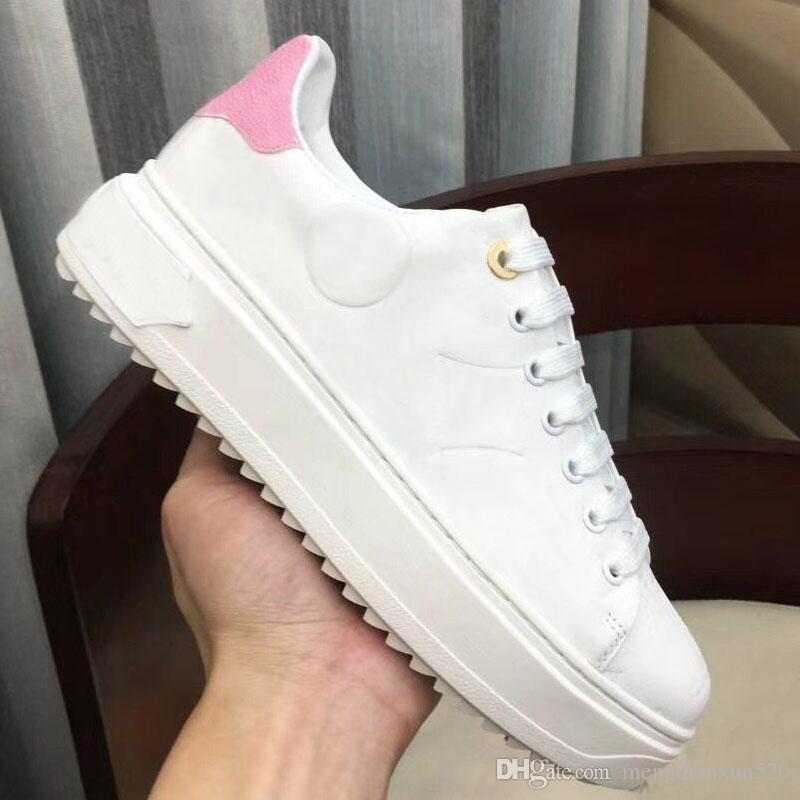 Designer senhora plano de couro sapatos casuais rendas-up sneaker sapatos mulher Cartas de luxo 100% homens plataforma do couro moda sapatos tamanho grande 42-45