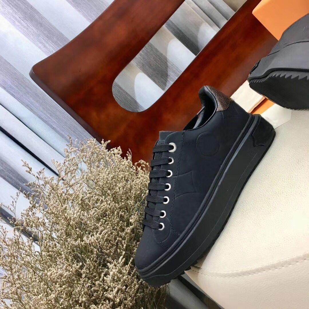 diseñador de la señora plana zapatos casuales de cuero con cordones de la zapatilla de deporte zapatos de mujer Cartas de lujo 100% de los hombres zapatos de plataforma de la manera de vaca de tamaño grande 42-45