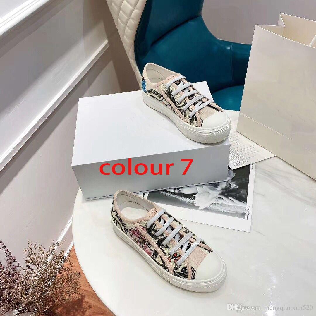 Классическая леди плоская повседневная обувь кожаная платформа кроссовки буквы на шнуровке женщина обувь мода новые мужчины напечатаны досуг обувь большого размера 4-42-44