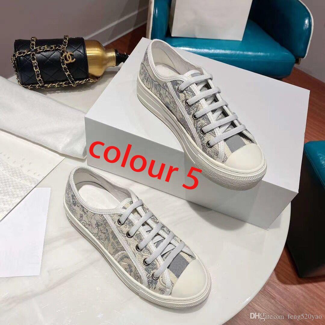 Дизайнер леди Плоский вскользь кожаные ботинки платформы кроссовок Letters шнурках роскошные женские туфли моды новые люди Напечатанные обувь крупногабаритные 42-44