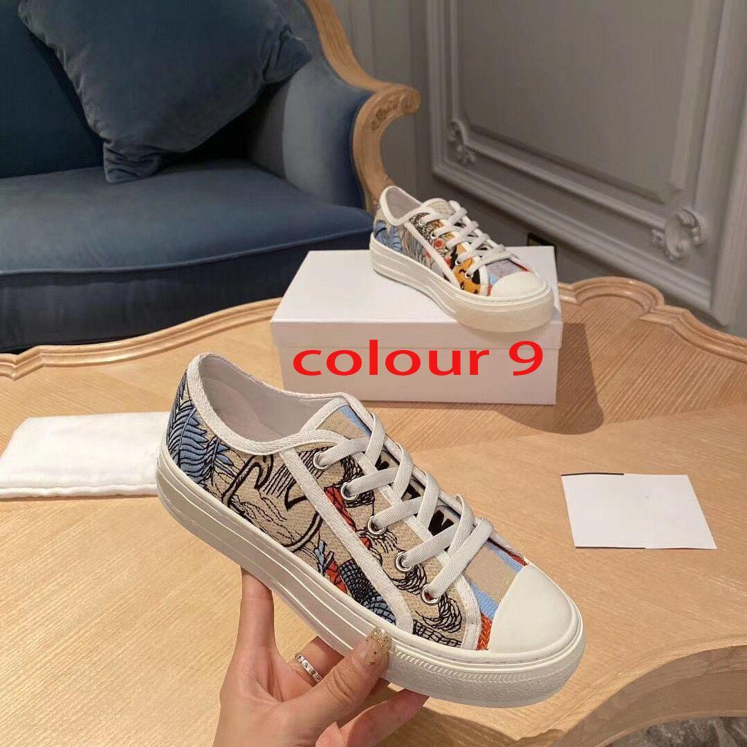 مصمم سيدة شقة الاحذية الجلدية منصة حذاء رسائل الدانتيل متابعة الأحذية الفاخرة أزياء المرأة الرجال جديد أحذية مطبوعة حجم كبير 42-44