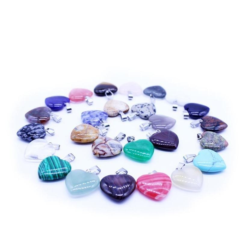 wholesale cross-border special heart-shaped pendant natural stone peach-heart pendant female necklace love pendant accessories