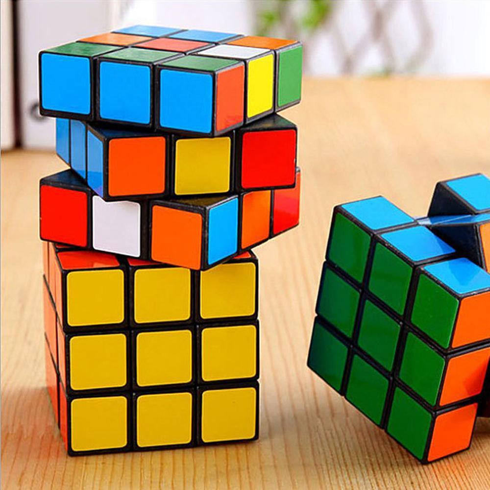 Intelligenz Spielzeug Cyclone Jungen Mini Finger 3x3 Geschwindigkeitswürfel Aufkleberloser Finger Magic Cube 3x3x3 Puzzles Spielzeug DHL 3-7 Tage Lieferung