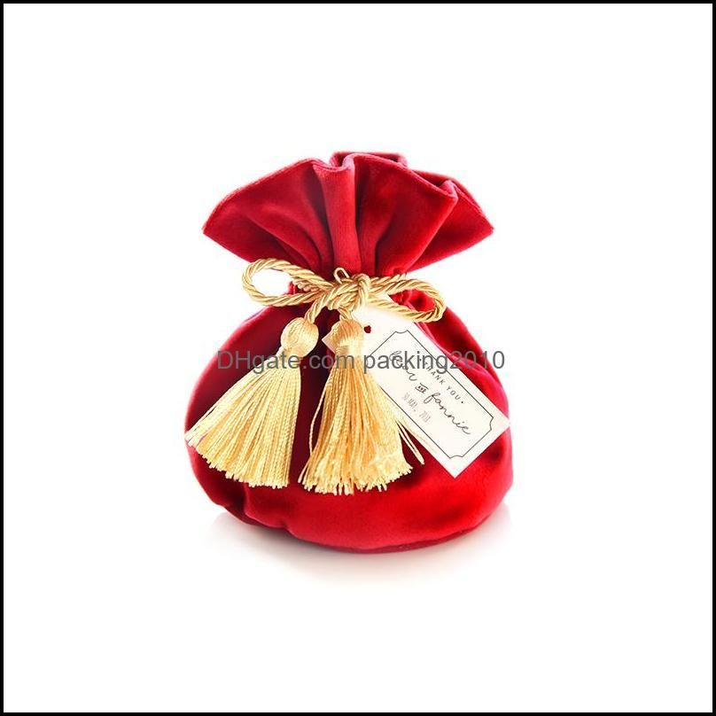 20pcs/lot Theater Red Velvet Bag Wedding Candy Europe Chocolate Package Christmas Drawstring Box Gift Wrap