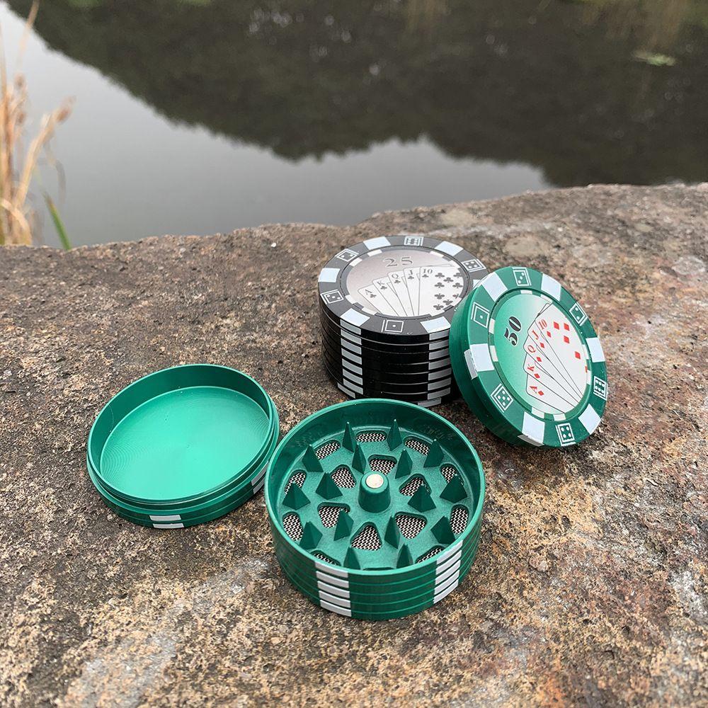 니스 야드 3 층 포커 칩 스타일 향신료 커터 담배 액세서리 가제트 담배 그라인더 허브 커터