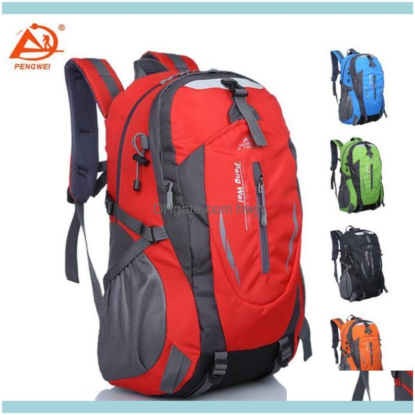 Outdoor Sports Large Capacity Travel Mountain Pack Men and Women Leisure Cycling Waterproof Backpack.
