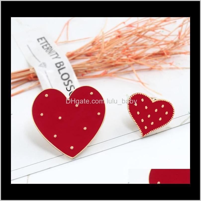 cartoon red big small heart enamel pins cute women brooch denim jackets lapel pin decoration badge fashion jewelry gift t352
