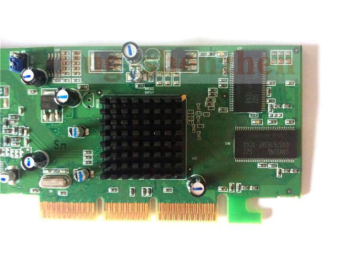 OWK Spedizione gratuita ATI Radeon 7000 64M DDR VGA / TVO AGP dalla fabbrica