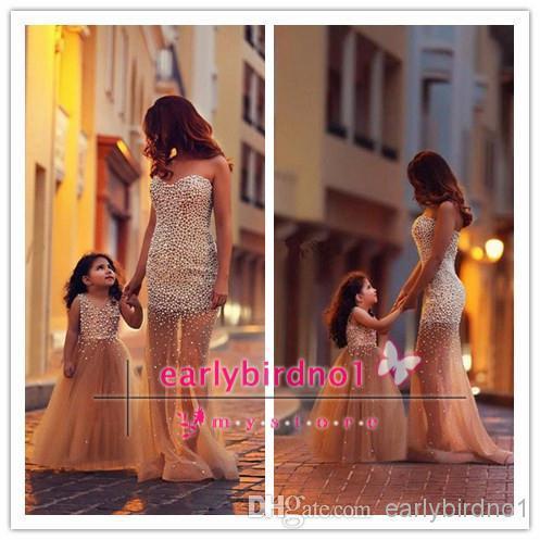 Dziewczyny Korowniczki Sukienki Sheer V Neck Z Perłami Linia Piękne Party Party Suknie Szampana Dziecko Pagewanta Party Wear Custom
