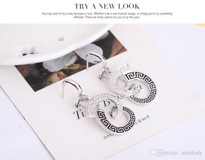 Nouveau simple forme géométrique pendentif collier boucles d'oreilles bague ensemble de mode marque élégante douce belle bijoux ensembles en gros