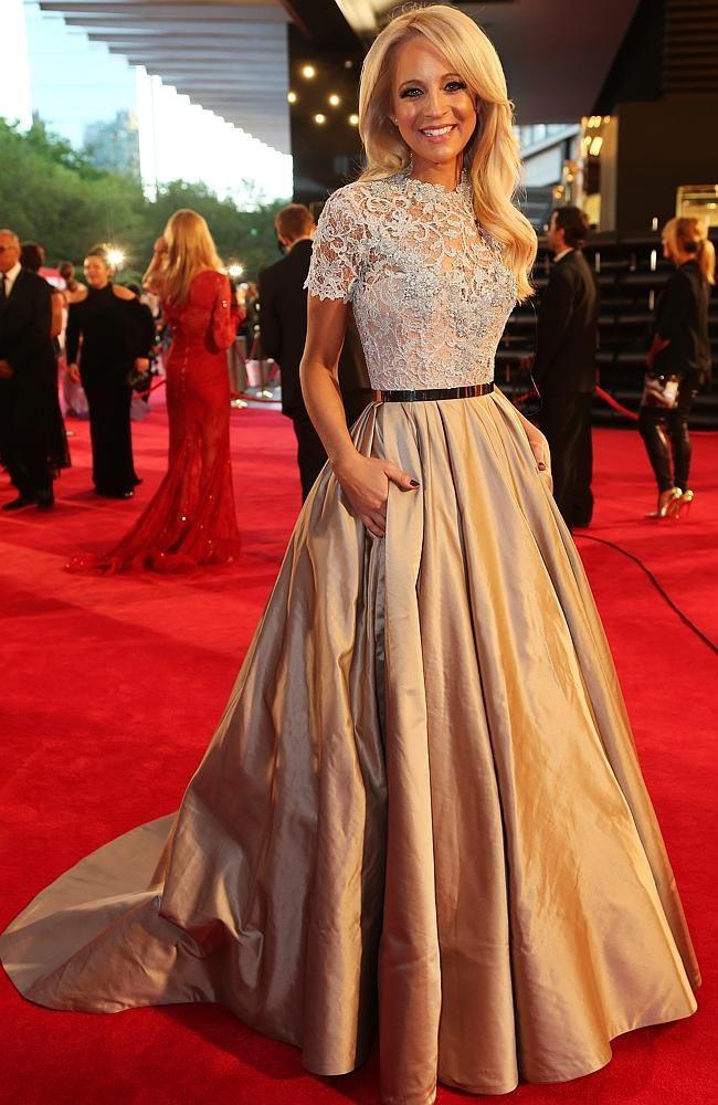 Elegant Champagne Evening Dresses For Red Carpet Short Sleeves Lace Top Gold Belt Taffeta Skirt Long Formal Dress Custom Made Gowns