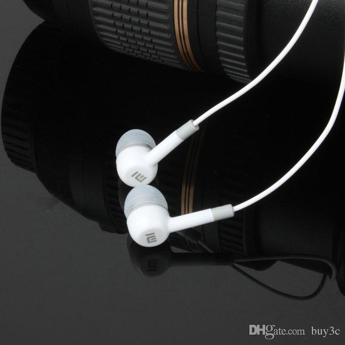 Nuevo 2015 auriculares de alta calidad de XIAOMI auriculares del auricular del auricular de 3.5mm para XiaoMI Samsung iPhone con el auricular remoto y MIC al por mayor