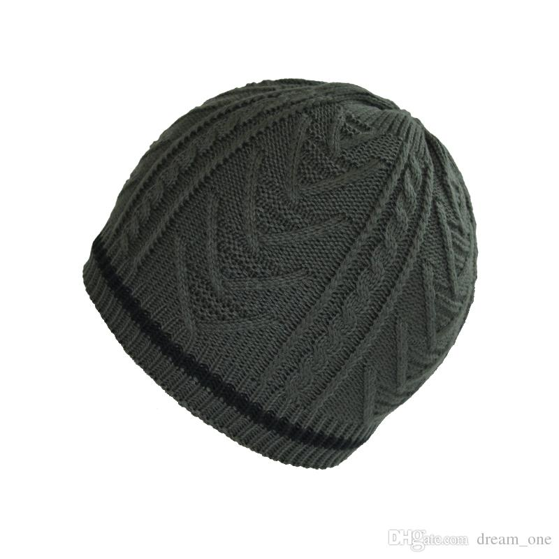 New hot selling High-quality winter windproof outdoor cotton knit hat warm hat men and women neutral S02
