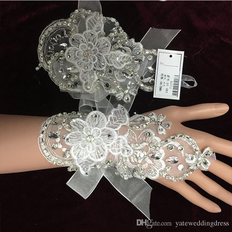 Elleboog lengte bruiloft accessoire bruiloft handschoenen tule / netto satijn bruids handschoenen wit / beige mitten gepersonaliseerde goedkope 2015 winter nieuwe aankomst