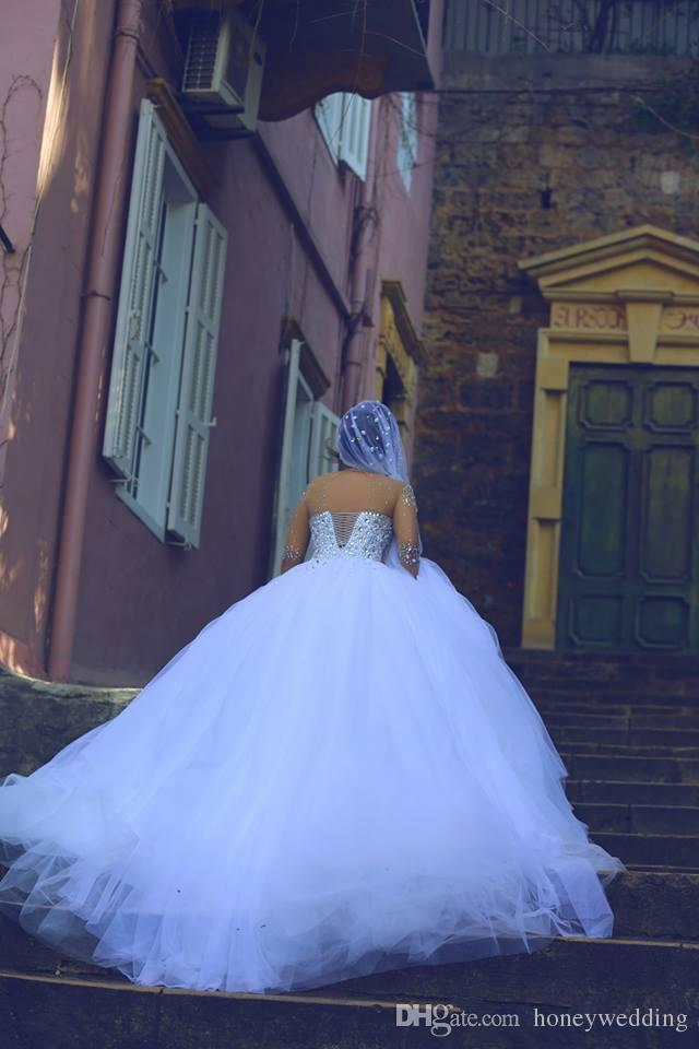 2019 년 빈티지 긴 소매 웨딩 드레스 모조 다이아몬드 크리스탈 뒷면 뒷면 가운 플러스 크기 드레스 아랍어 신부 가운 싸게