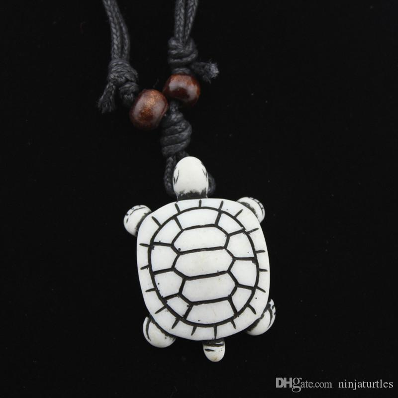 Jewelry Wholesale Imitation Bone Carved Lovely Surfing Sea Turtles Pendant Lukcy Necklace MN387