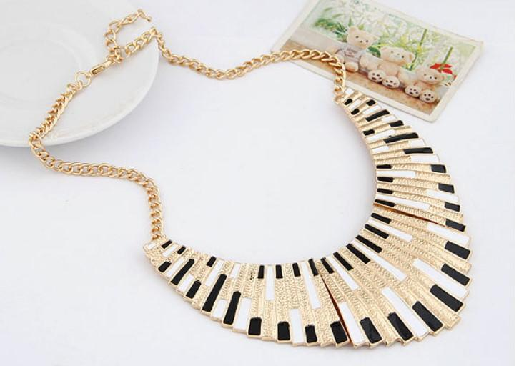 Amazing Deals Fashion Top Selling Colorful Enamel Big Bib Statement Collar Necklace Christmas Gifts For Women