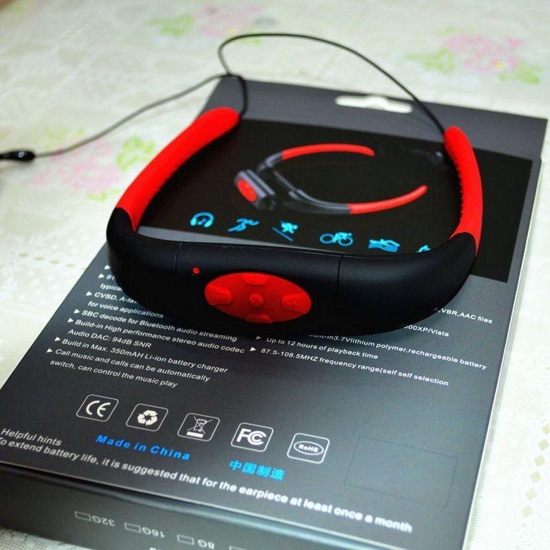 IPX8 مشغل موسيقى MP3 موسيقي مقاوم للماء مدمج برقبة 4 جيجا بايت تحت الماء للسباحة تحت الماء مع سبا FM مع راديو FM سماعة رأس صوت ستيريو