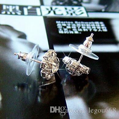 2015 Brand New FASHION sphérique Crystal Flower Stud boucles d'oreilles pour les femmes EH056