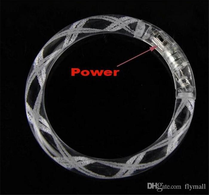 LED Acryl Blitz Armband Glitter Glow Flash Armband Licht Sticks Leuchtende Kristall Steigung Farbe Hand Ring Armreif mit Blase / Gestreift