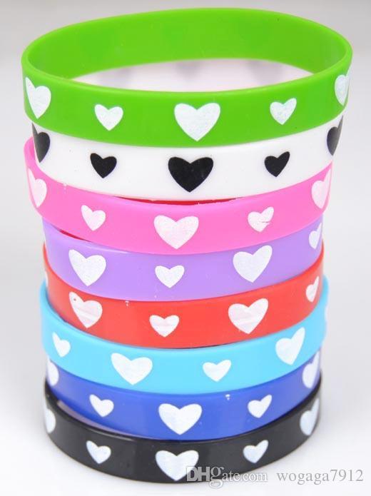 2015 горячие продать 100 шт. любовь силиконовый браслет Браслет косплей партии многоцветный спорт запястье