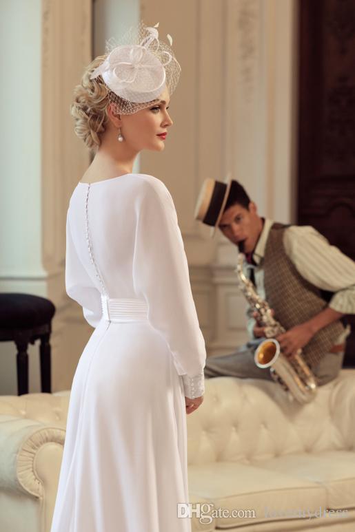 Blanc Vintage A-ligne Robes De Mariée Manches Longues Designer Décontracté Simple Robes De Mariée Robes De Mariage Pour Château De Mariée Avec Des Fleurs Main