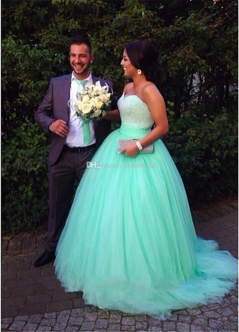 2015 النعناع الأخضر فساتين الزفاف الكرة ثوب لينة تول الحبيب مطرز مخصص زائد الحجم فساتين الزفاف رخيصة فساتين الزفاف