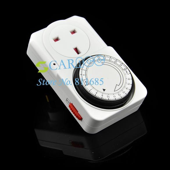 New hot Time Clock Socket UK 3 Pin 24 Hour 24HR Mains Plug In Timer Switch TK0562