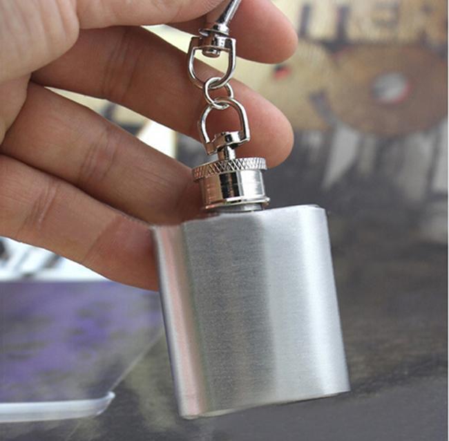 Najwyższej jakości 1oz stali nierdzewnej mini kieszonkowy alkohol mod biodra klucz pierścieniowy łańcuch Darmowa wysyłka