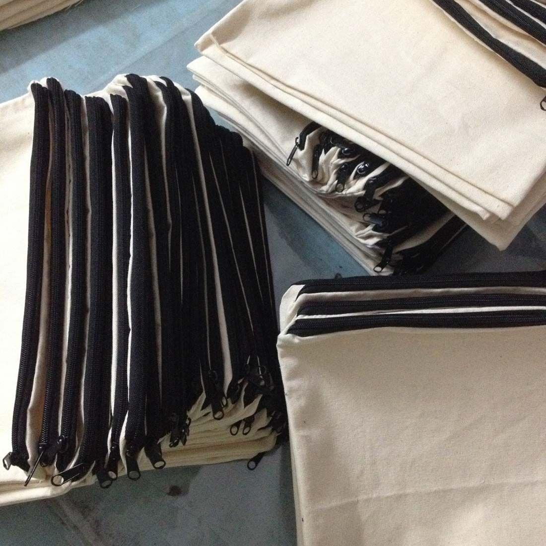 plain natural light ivory/black color pure cotton canvas coin purse with black zipper unisex casual wallet blank cotton pouch