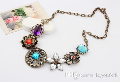 Retro Vintage Europejski styl Gorgeous Austria Turkusowy Kryształowy Kwiaty Bib Naszyjnik Dla Wesele Party 045i