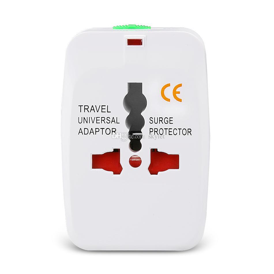 Caricabatterie da parete internazionale Adattatore da viaggio universale AC Power EU Stati Uniti Tutto in una casa Plug con pacchetto di vendita