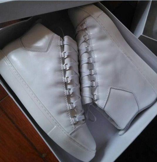 Nom Marque Kanye West Arena Chaussures Homme Casual Sneaker Rouge Designer De Mode Haut Haut Pas Cher Sneaker Noir Blanc Parti Chaussures Trainer Taille 38-46