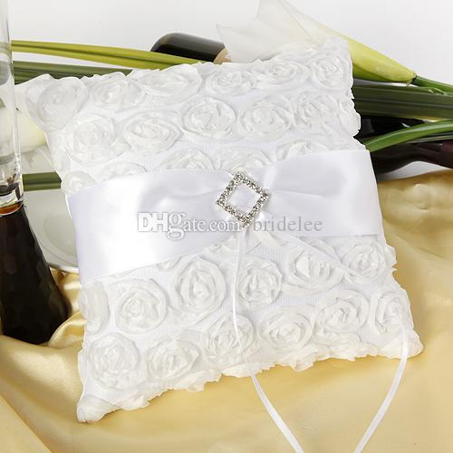 2020 Trendy Fashion Wedding Ceremony Party Love Case Satin Bowknot Rose Flower Girl Basket & Wedding Guest Book& Pen Set &Ring Pillow