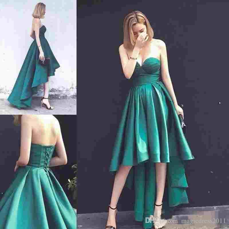 2019 vert chasseur robes de bal sweetheart sans manches en satin formelle robes de soirée une ligne, plus la taille haute basse robe pas cher tenue de soirée