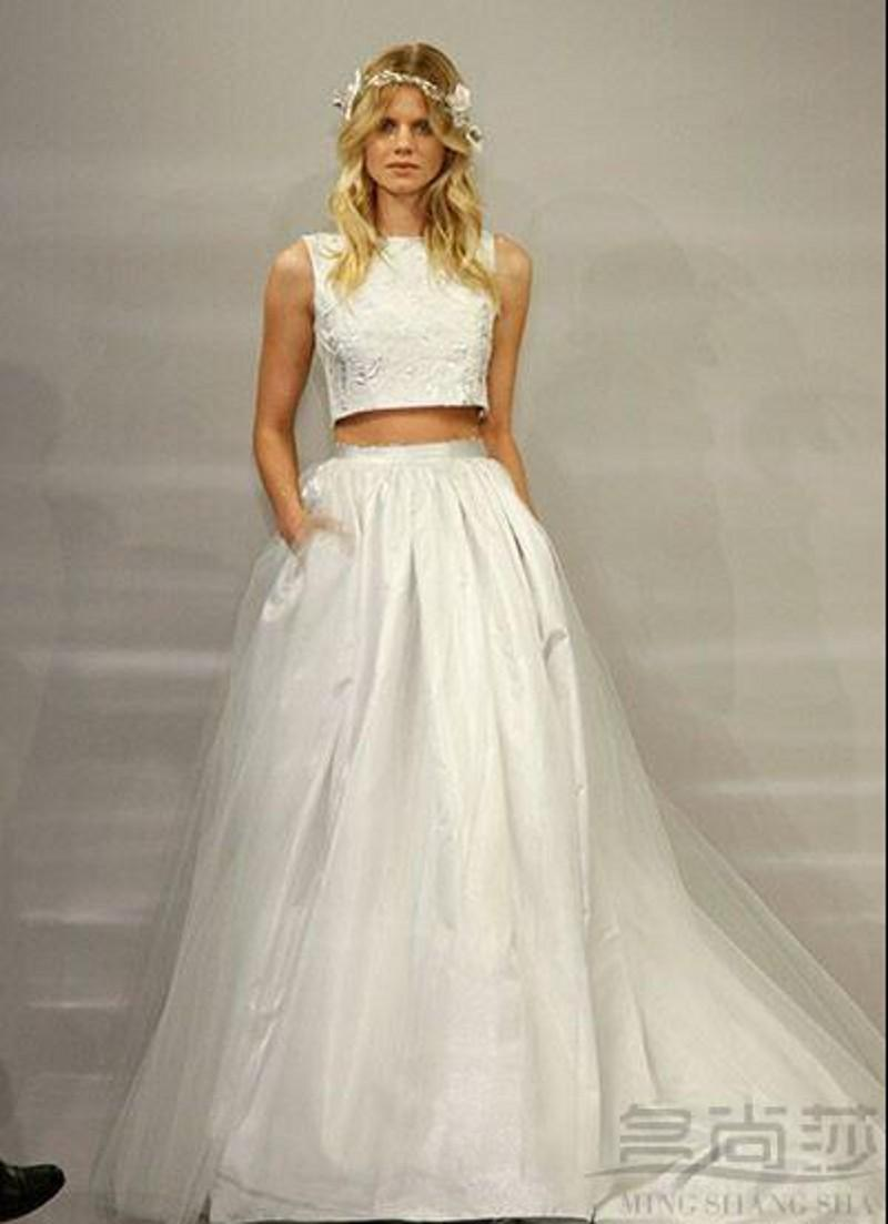 Discount two piece wedding dresses 2015 runway a line bateau discount two piece wedding dresses 2015 runway a line bateau sleeveless floor length white tulle lace newest designer vestidos bridal party gowns wedding junglespirit Gallery