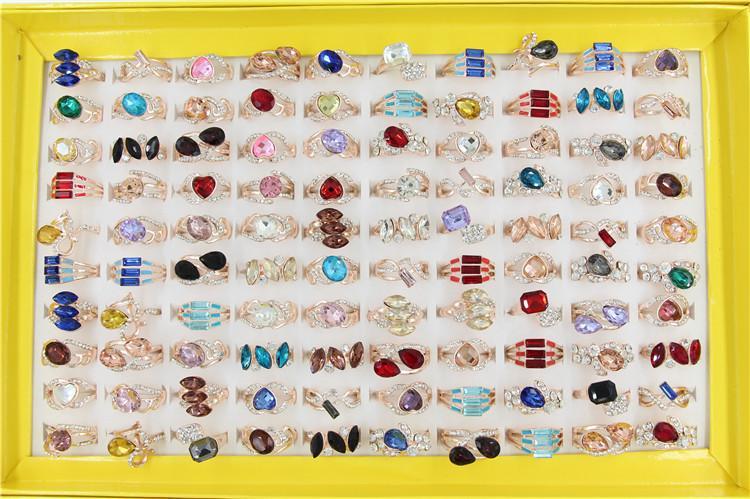 Mischungsauftrag neuer Art 30pcs / lot Luxus hochwertiger Kristallring Rose Gold überzogener Ring Stern des großen Geschäftszeichendame / -mädchens Art und Weisering
